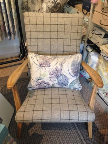 Annabelle chair 2
